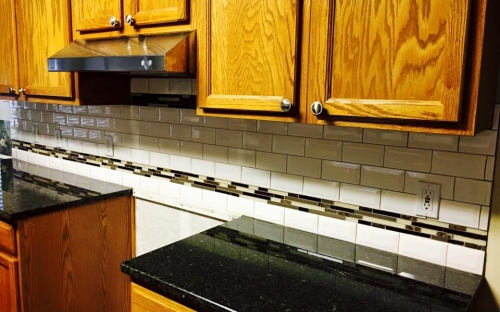 Tile back splash with deco stripe