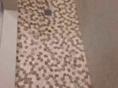 Pebble tile floor